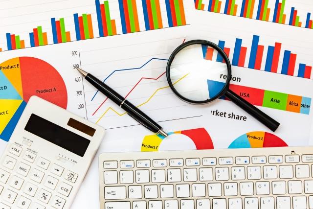 相続時精算課税制度のメリットとデメリット ~ 暦年課税制度とどちらを選ぶ?